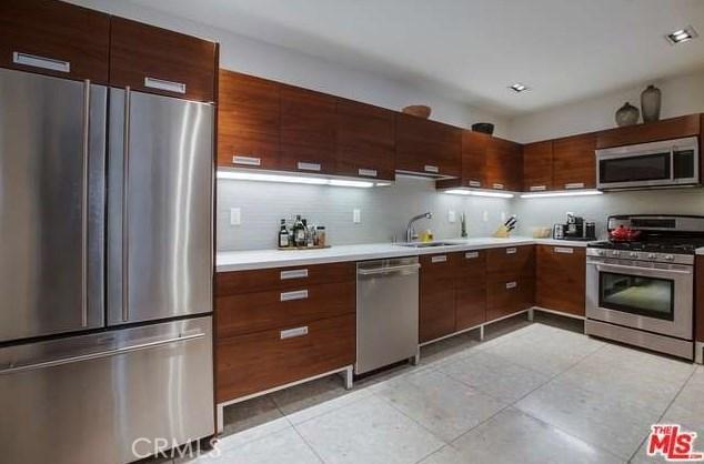 Condominium for Rent at 6735 Yucca Street Hollywood, California 90028 United States