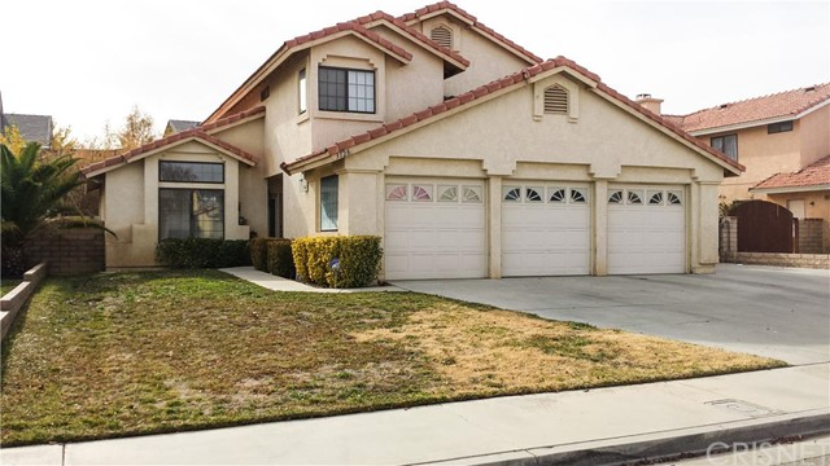 3128 Dolomite Avenue Palmdale CA  93550