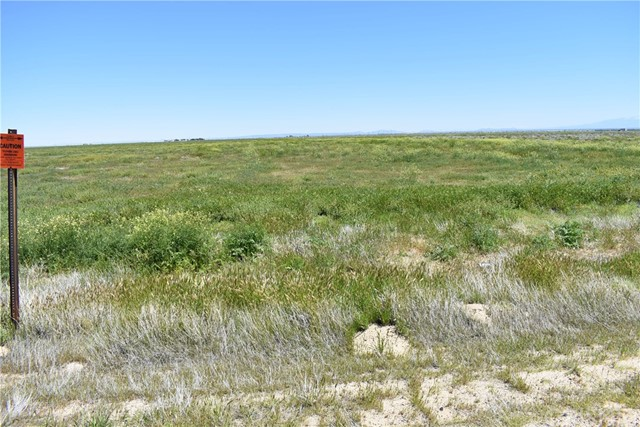 7000 Vac/Cor 70 Stw/Ave C12, Antelope Acres CA: http://media.crmls.org/mediascn/3c161aad-ca2e-4514-8478-027411195f1e.jpg