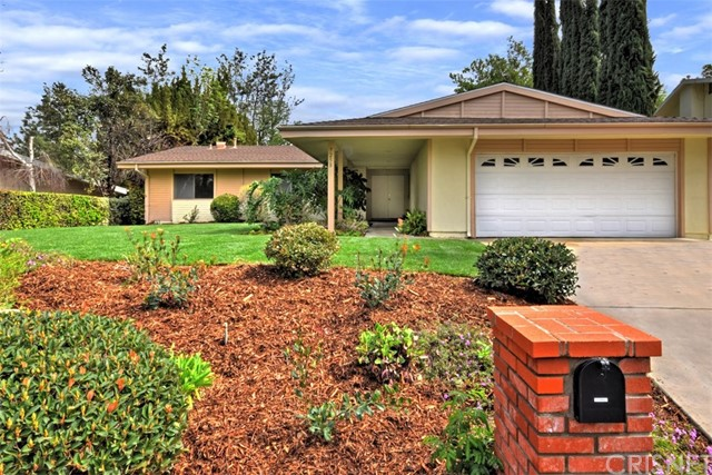 7258 Angela Avenue, West Hills CA 91307