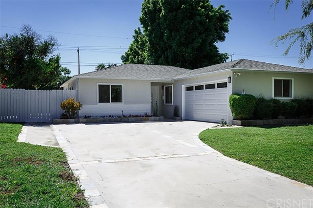 Property for sale at 8221 Maynard Avenue, West Hills,  CA 91304