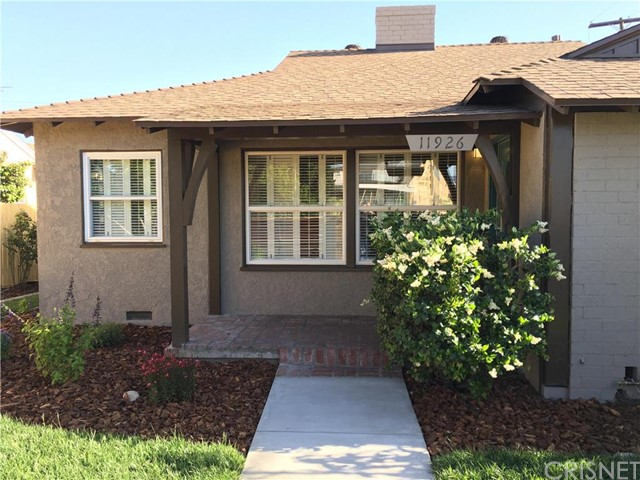 11926 Oxnard Street, North Hollywood, CA 91606