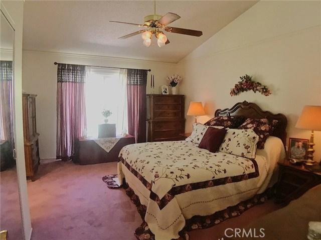 7272 Cirrus Way, West Hills CA: http://media.crmls.org/mediascn/3c5e2fa8-d5ab-4ea2-83a3-de87357f6764.jpg