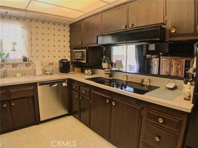 7272 Cirrus Way, West Hills CA: http://media.crmls.org/mediascn/3c76490b-6da0-4d13-9042-a34e23eab7f6.jpg