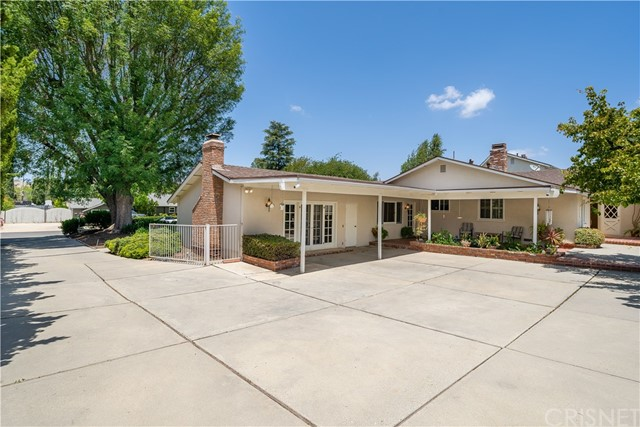 1408 Strawberry Hill Road, Thousand Oaks CA: http://media.crmls.org/mediascn/3c84b98c-2c6e-44b1-889e-a9743453c5b9.jpg