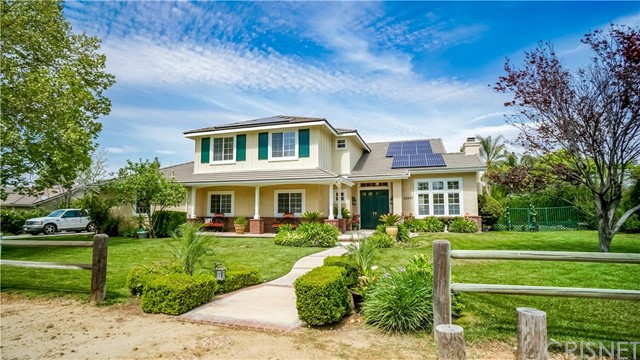 Single Family Home for Sale at 22207 Oak Orchard Road Newhall, California 91321 United States