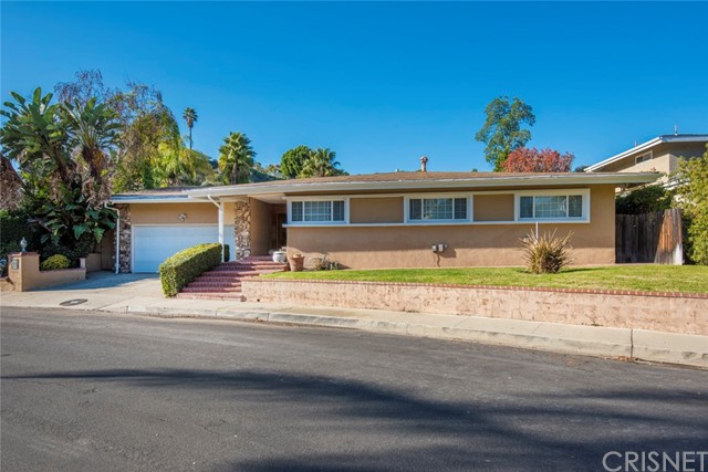 16137 Meadowcrest Rd, Sherman Oaks, CA 91403 Photo