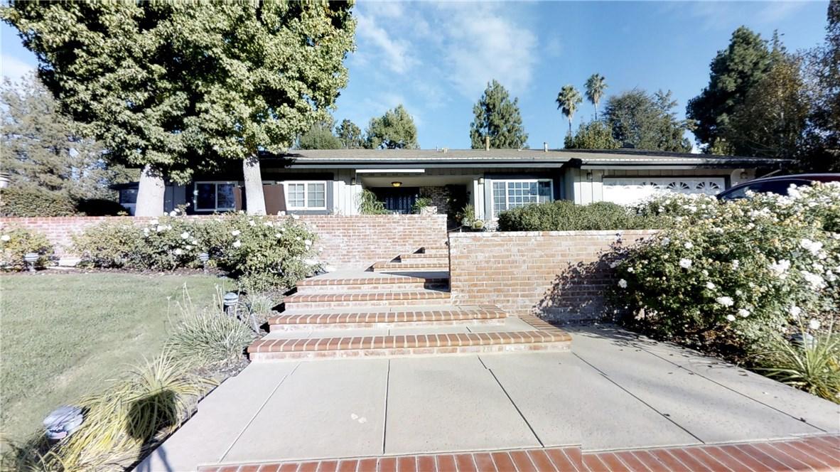 Single Family Home for Sale at 4950 Bascule Avenue 4950 Bascule Avenue Woodland Hills, California 91364 United States