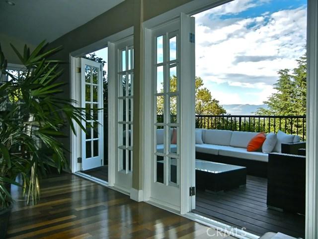 Single Family Home for Sale at 3948 Sumac Drive 3948 Sumac Drive Sherman Oaks, California 91403 United States