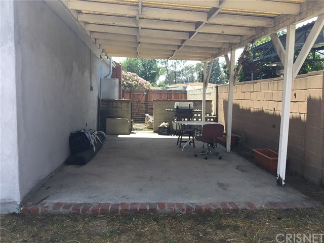 7614 Whitsett Avenue, North Hollywood CA: http://media.crmls.org/mediascn/3e3bf9a3-8a57-49f9-bccd-92b4064a7662.jpg