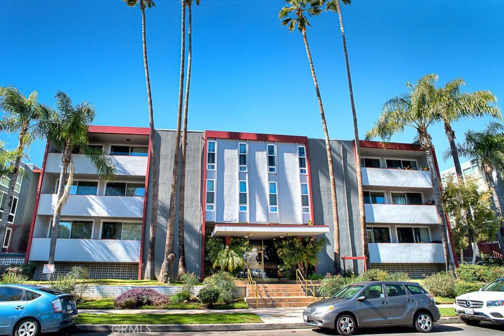 Photo of 4915 TYRONE AVENUE #132, Sherman Oaks, CA 91423
