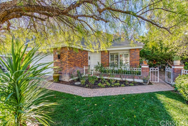 Detail Gallery Image 1 of 29 For 26004 Tourelle Pl, Valencia,  CA 91355 - 3 Beds | 2/1 Baths