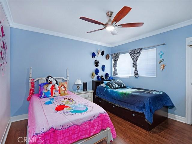 7132 N Figueroa Street, Eagle Rock CA: http://media.crmls.org/mediascn/3eb4f7f1-4aa7-4fd8-b3b6-f5c713a4dde5.jpg
