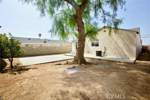 8660 Sharp Avenue, Sun Valley CA: http://media.crmls.org/mediascn/3ebddd1d-99ca-46a2-bab0-297abd3dbfc6.jpg