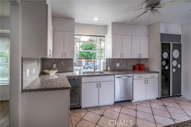 Additional photo for property listing at 4503  Atoll Avenue 4503  Atoll Avenue Sherman Oaks, California 91423 United States