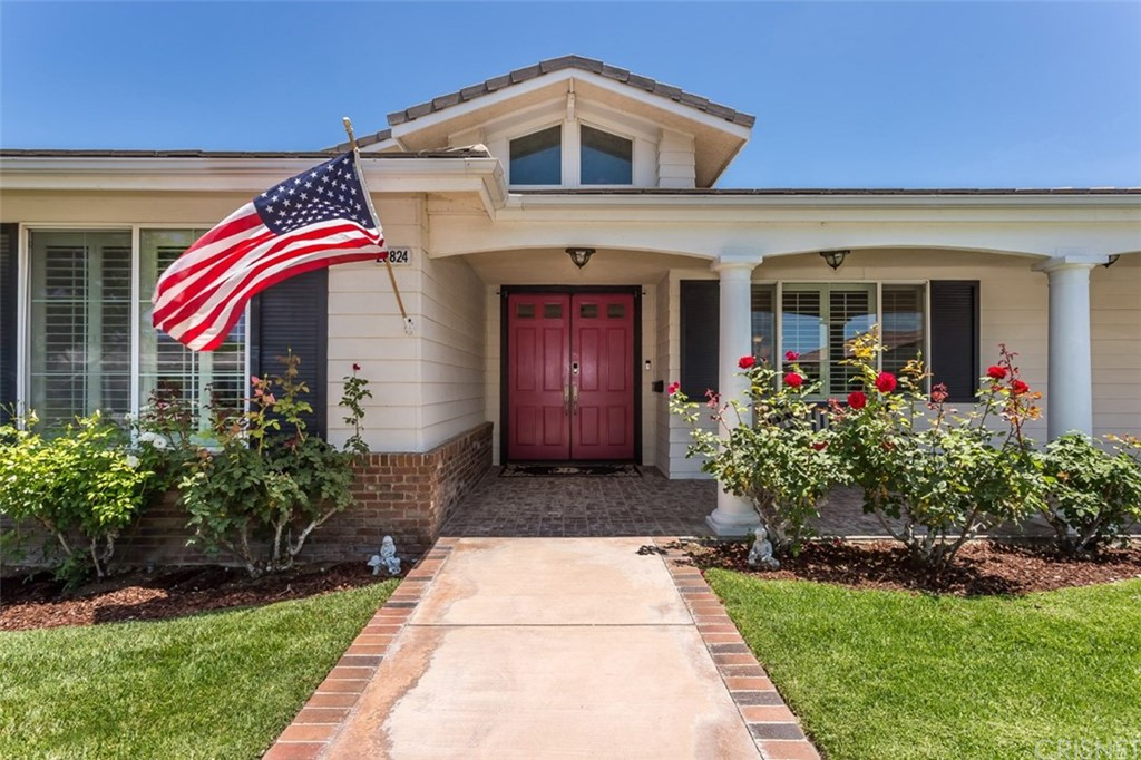 Photo of 28824 SILKWOOD Court, Saugus, CA 91390
