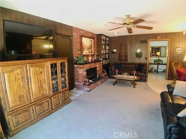7272 Cirrus Way, West Hills CA: http://media.crmls.org/mediascn/3f19d588-1f00-4638-8c1a-aa49f36378c9.jpg