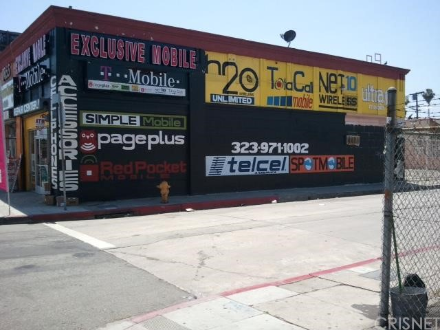 8851 Broadway, Los Angeles, California 90003