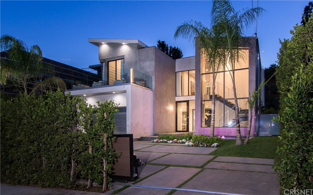1847 Coldwater Canyon Drive, Beverly Hills, CA 90210