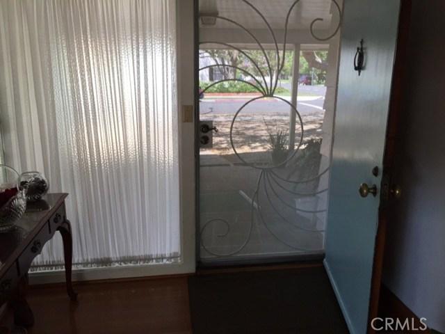 1266 Cary Avenue, Wilmington CA: http://media.crmls.org/mediascn/3fb3d96f-e730-4dce-bd21-dccdaa05eb8a.jpg