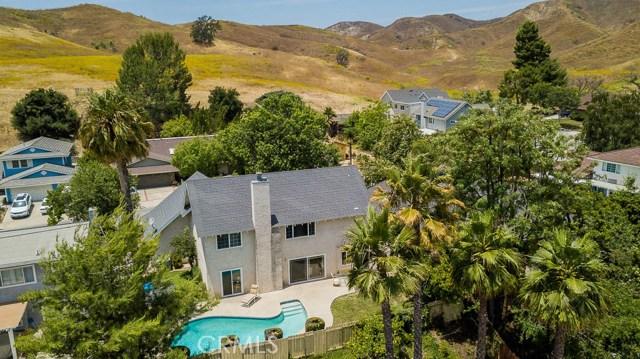 5048 Dantes View Drive, Calabasas CA: http://media.crmls.org/mediascn/3feaad63-68fa-4cdb-937d-4f6dfe5de3d8.jpg