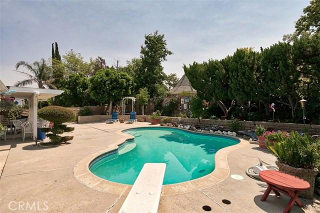17400 Trosa Street, Granada Hills CA: http://media.crmls.org/mediascn/40053952-a65c-4058-9121-efe5182ff091.jpg