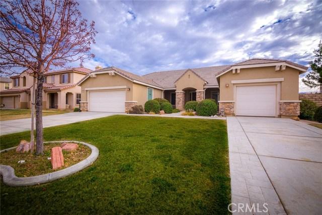 Casa Unifamiliar por un Venta en 3804 Paddock Way Lancaster, California 93536 Estados Unidos