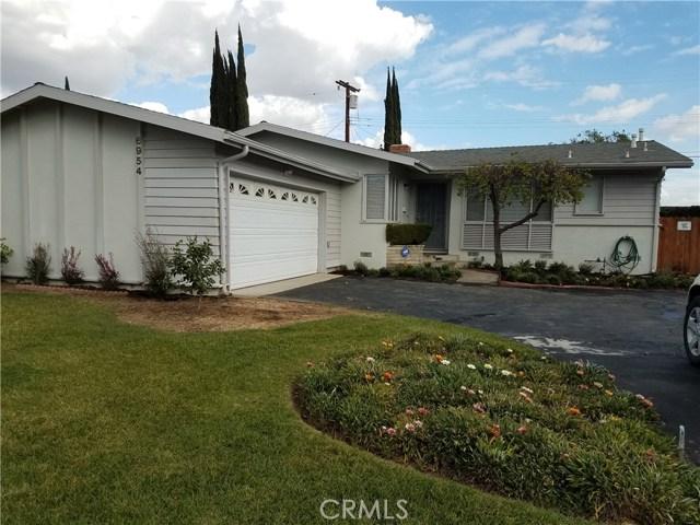 Single Family Home for Rent at 6954 Bobbyboyar Avenue 6954 Bobbyboyar Avenue West Hills, California 91307 United States