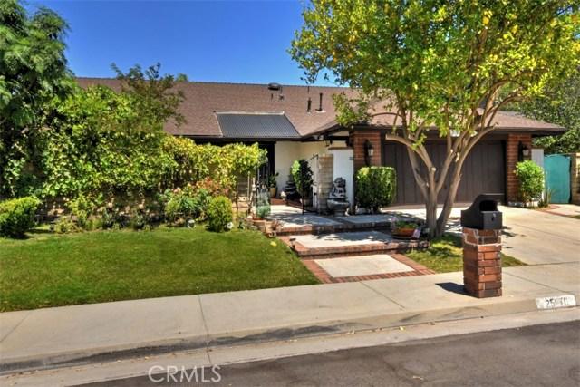 25670 Yucca Valley Road, Valencia CA: http://media.crmls.org/mediascn/40b7844f-4fe8-4786-ac6f-030c8a3d498f.jpg