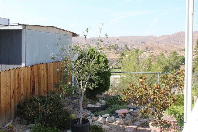 30000 SAND CANYON Road, Canyon Country CA: http://media.crmls.org/mediascn/40be6429-4f80-4248-a64a-86b60b31ae92.jpg