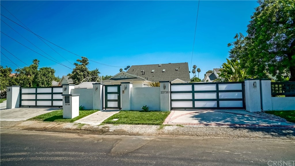 Photo of 22738 Sylvan Street, Woodland Hills, CA 91367