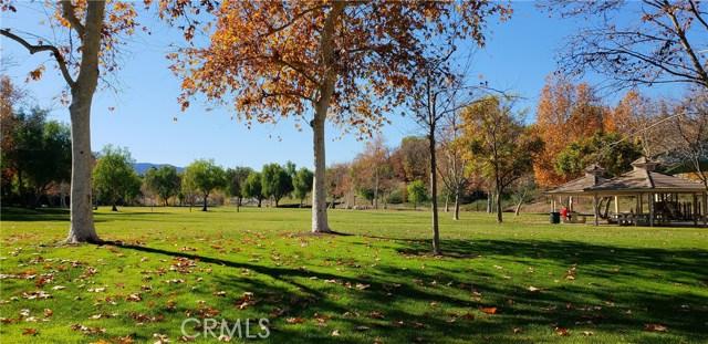 23963 Arroyo Park Drive, Valencia CA: http://media.crmls.org/mediascn/411225ba-65ae-48e9-9c5c-a28a5b0691c6.jpg
