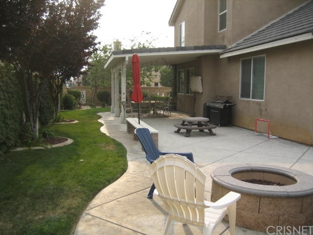 5800 W Avenue K14, Lancaster CA: http://media.crmls.org/mediascn/413c47b8-e4e9-4a45-bbf0-3a287e74902b.jpg