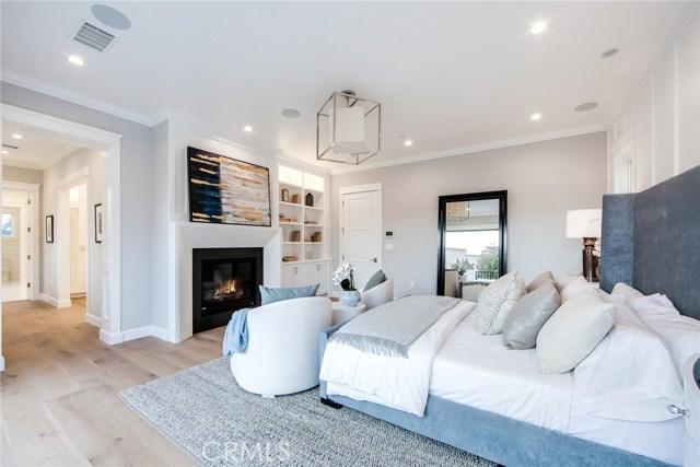Additional photo for property listing at 17348  Weddington Street 17348  Weddington Street Encino, California 91316 United States