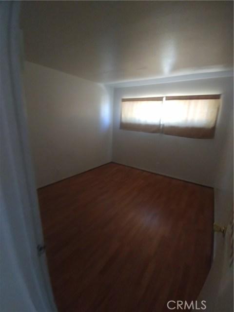 44621 Stanridge Avenue, Lancaster CA: http://media.crmls.org/mediascn/416bab8a-2358-4955-9caf-14d019b92263.jpg