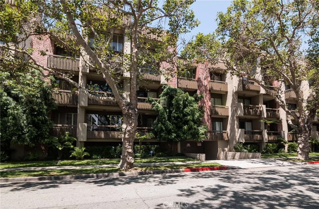 141 S LINDEN Drive 203, Beverly Hills, CA 90212