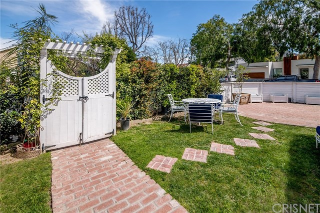 4231 National Avenue Toluca Lake, CA 91505 - MLS #: SR18064739