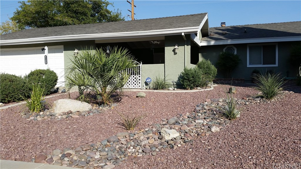 Property for sale at 44016 FENNER AVENUE, Lancaster,  CA 93536