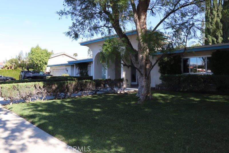 Photo of 9816 BELMAR AVENUE, Northridge, CA 91324