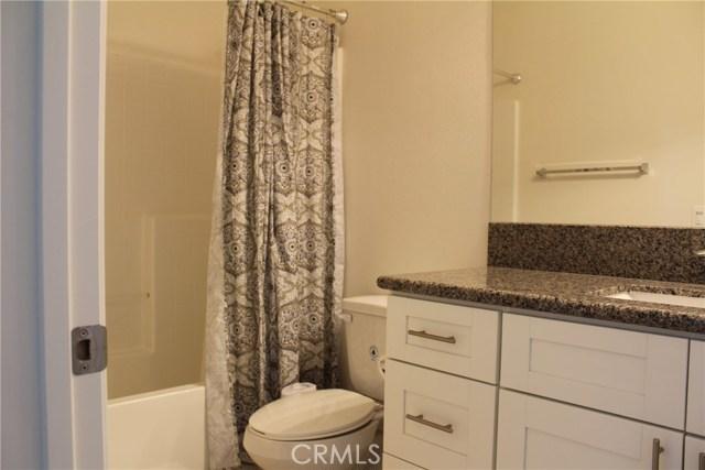 43942 Windrose Place, Lancaster CA: http://media.crmls.org/mediascn/424ad8a0-96b7-4a2b-b30e-b3091ad5c37b.jpg