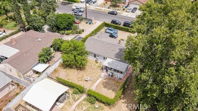 18320 Arminta Street, Reseda CA: http://media.crmls.org/mediascn/42a4e81e-3e1e-46c8-82ee-72e06a3b6947.jpg