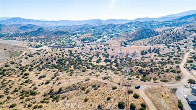 0 Mary Road, Acton CA: http://media.crmls.org/mediascn/42e28611-91e5-467f-8a9c-6c55b4bb1224.jpg