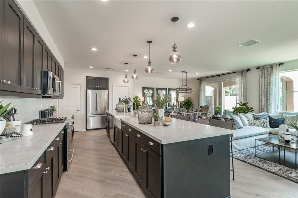 Photo of 277 MORRO WAY #3, Simi Valley, CA 93065