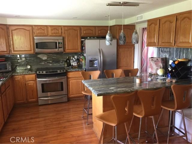 6305 Timberlane Street, Agoura Hills CA: http://media.crmls.org/mediascn/432b218a-6ecf-486b-8963-e5ea5388e8f3.jpg