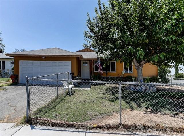38757 Glenbush Avenue, Palmdale CA: http://media.crmls.org/mediascn/433c4b96-1dc9-4c89-8387-356116aa7e01.jpg