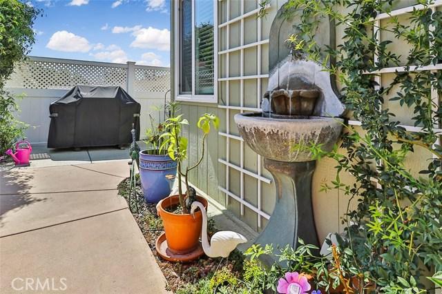 67 Blake Court, Ventura CA: http://media.crmls.org/mediascn/434883ab-d0ec-400f-9a65-a0483f27f445.jpg
