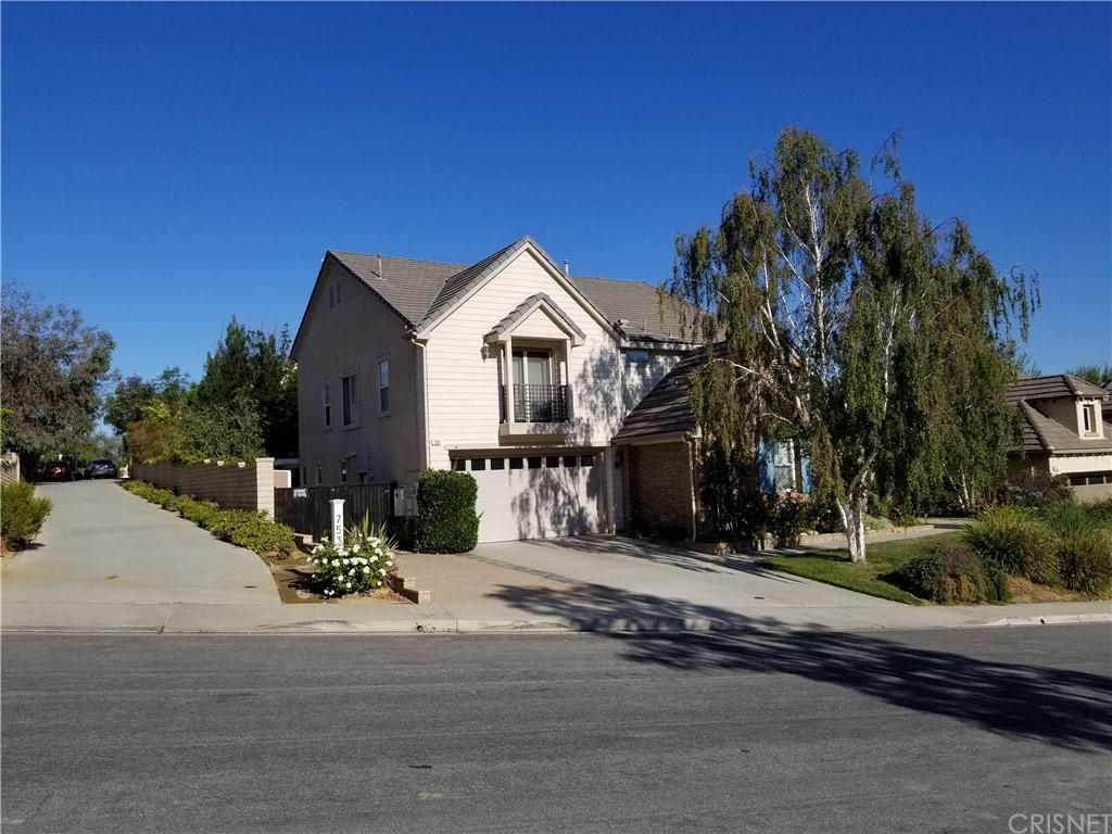 769 COPPERTREE Court, Simi Valley, CA 93065