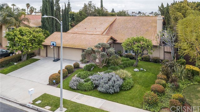 19524 Ballinger Street, Northridge, CA 91324
