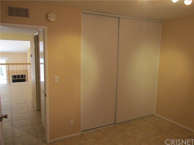18419 Collins Street # E Tarzana, CA 91356 - MLS #: SR17162303