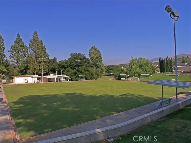 26447 Circle Knoll Court, Newhall CA: http://media.crmls.org/mediascn/43b07548-0bb6-49e9-af10-4eb8f21fe79e.jpg